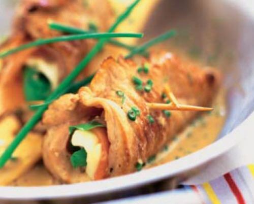 Saltimbocca de ternera con mozzarella y rúcula