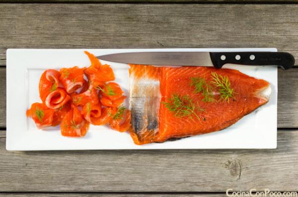 Forma de marinar salmón fresco