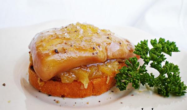 Tostada de foie y manzana